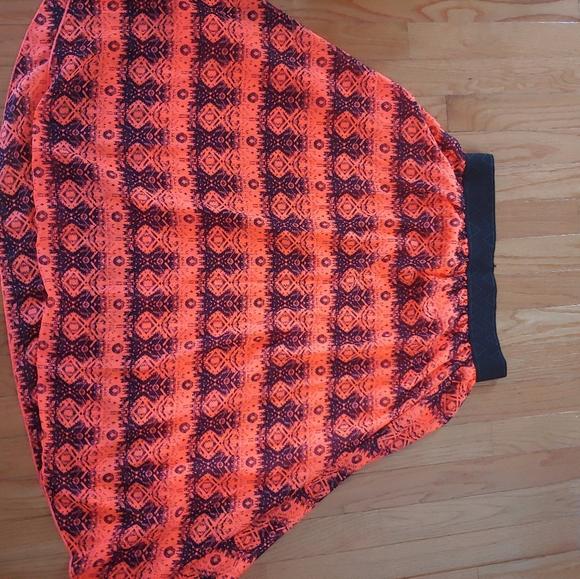 LulaRoe Lola Skirt M like new